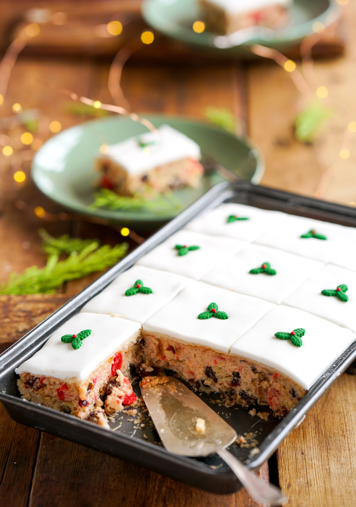 Christmas Sheet Cake - Perfect slices of delicious fruit cake