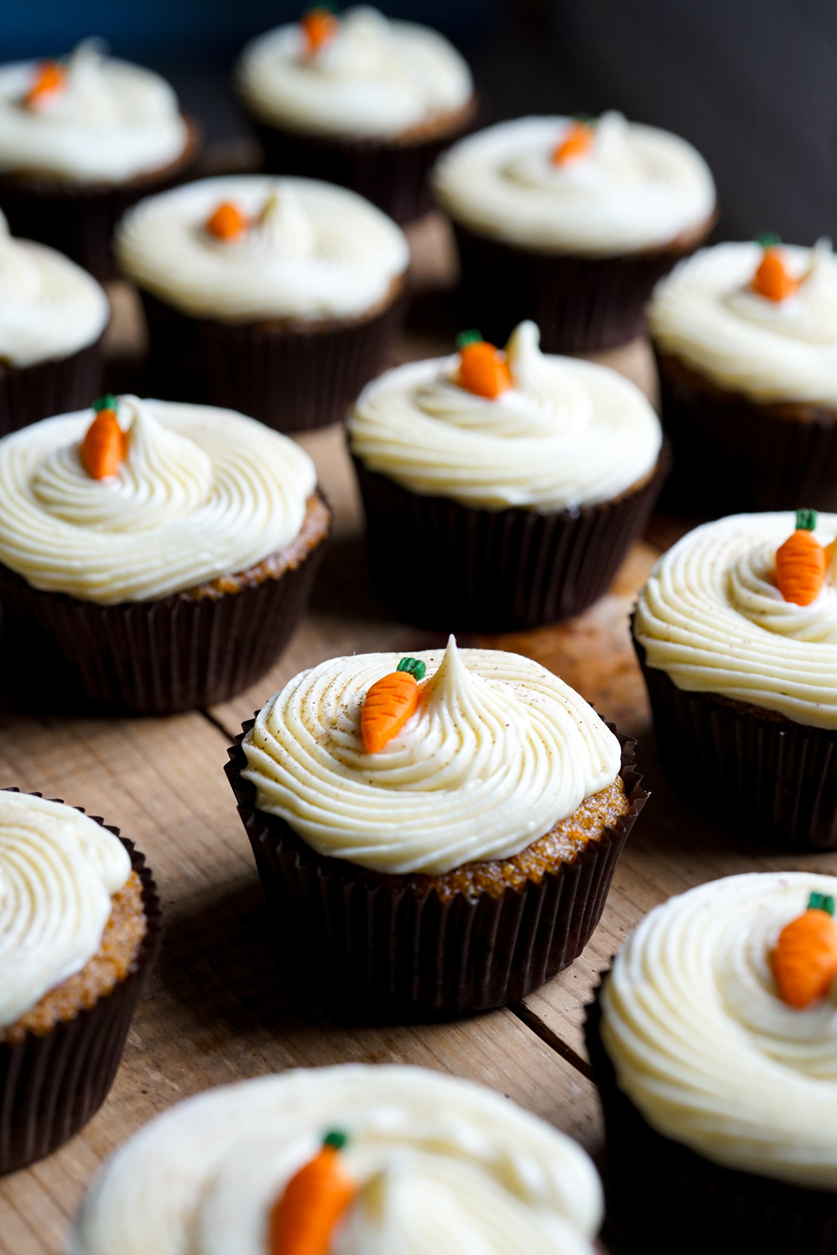 Easy Recipe for Carrot Cupcakes and Cream Cheese Icing