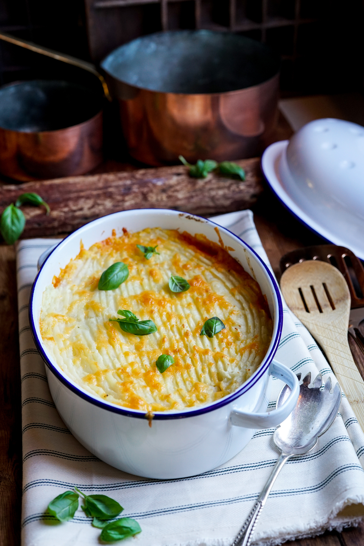 Vegetarian Lentil Cottage Pie with Cheese Topping